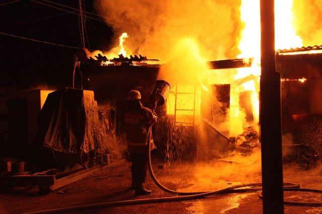 Пожар в хоз. постройке в Куйбышевском районе