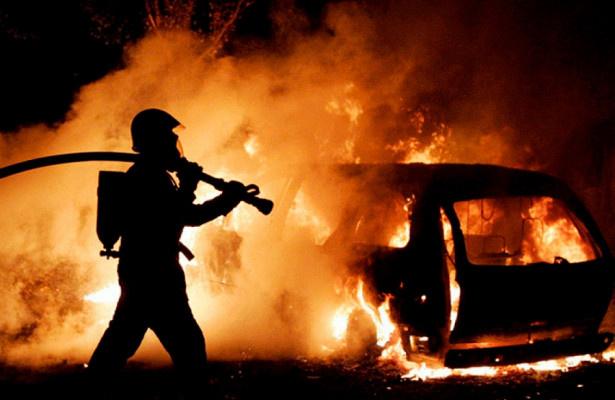 Возгорание автомобиля в Чертковском районе