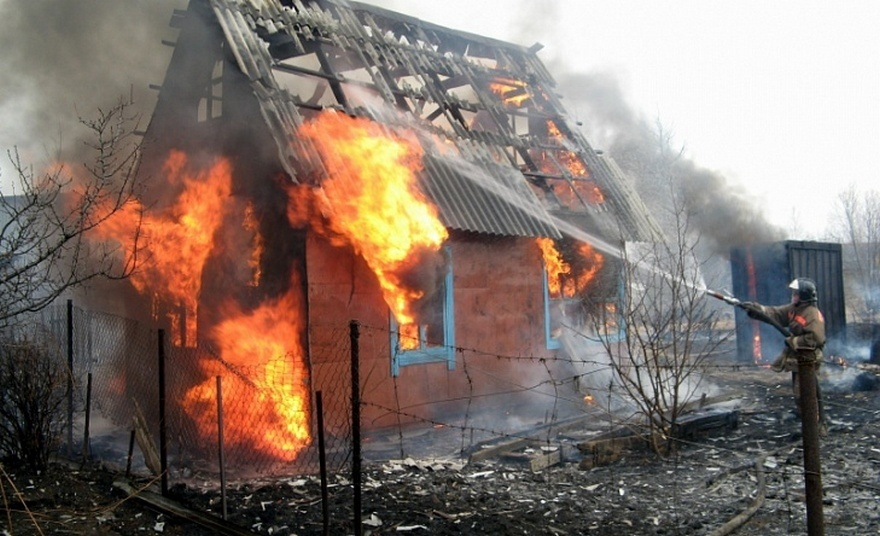 Пожар в частном домовладении в Тацинском районе