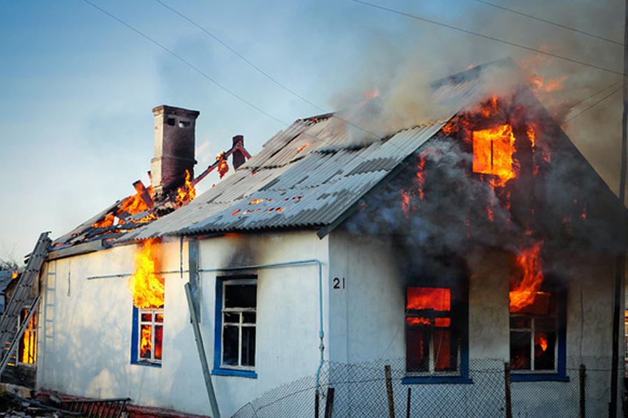 Пожар в частном жилом доме в Весёловском районе