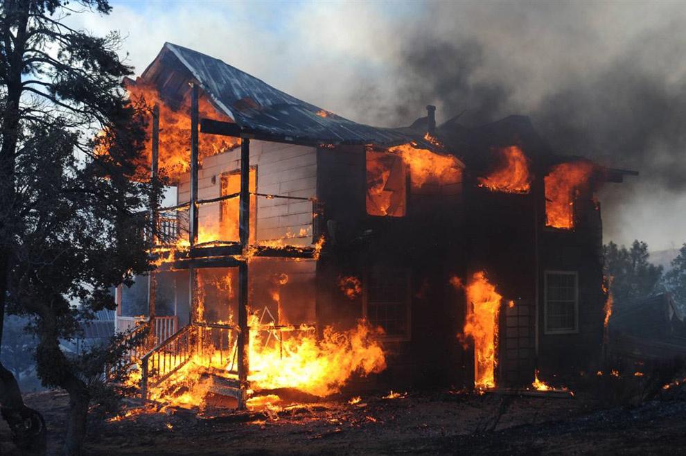 Пожар в жилом доме в Зимовниковском районе